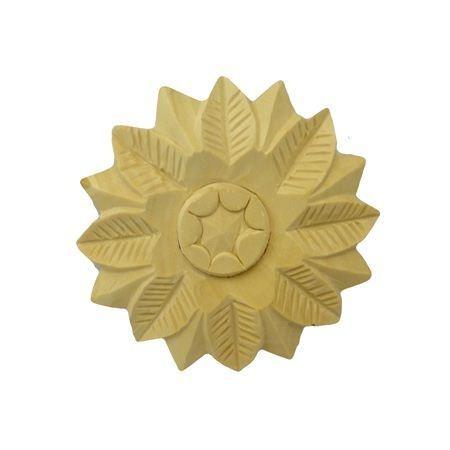 Ornament , Rozeta drewniana ręcznie rzeźbiona  WY00056