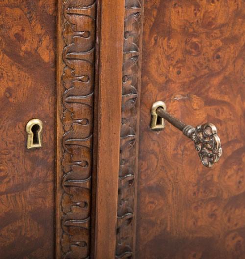Listwa drewniana rzeźbiona  EM00204